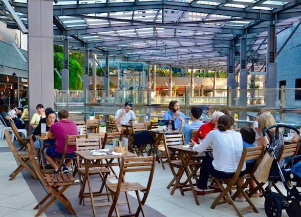 Disfrutar del sol en Valencia: terrazas de AQUA